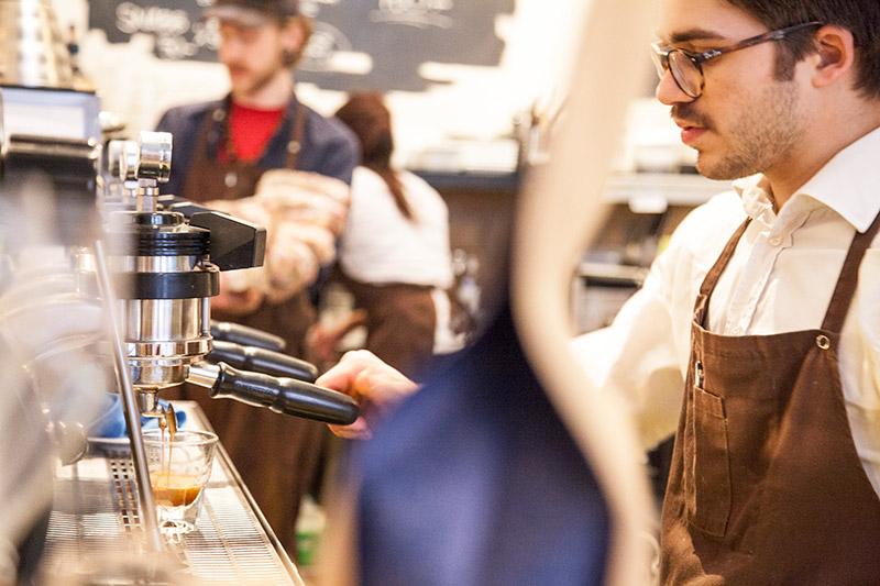 Espresso im Kafé Esaias