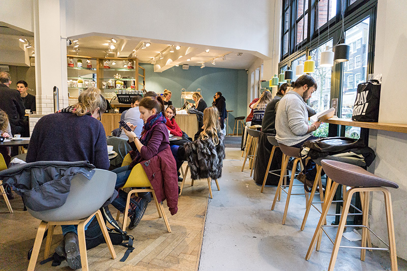 De Koffie Salon - Innenraum